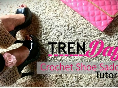 Crochet shoe accessory tutorial. Fun and simple shoe saddles