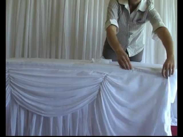 Attaching Box Pleated Wedding Table Skirting Using Skirting Clips