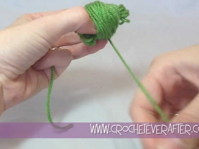 How to Make a Center Pull Ball of Yarn Tutorial