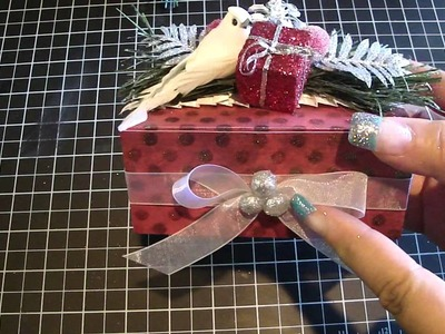 Christmas Favor Boxes with Michaels Christmas Picks & Crochet Flowers.Favor Boxes Kit
