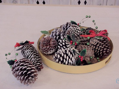 Arts and Crafts Tutorial: How to make Pinecone Christmas Tree Decorations