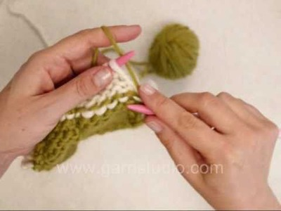 DROPS Knitting Tutorial: How to pintuck aka Tuck on a knitted piece