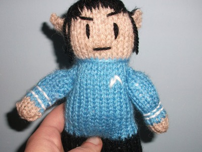 How to knit a mini Spock
