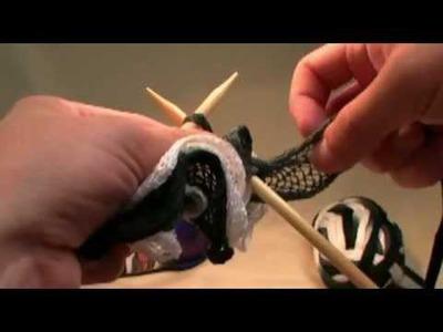 Learn to Knit: Bernat Twist & Twirl Yarn