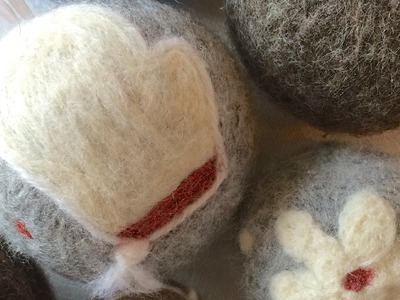 Needle Felting: DIY Christmas Ornaments Tutorial