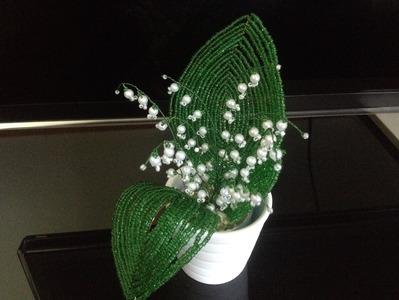 Maiglöckchen aus Glasperlen. Perlenblumen. Flowers out of beads.