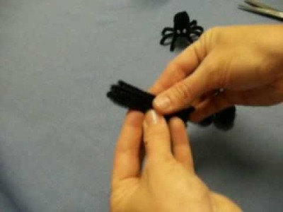 Black Spider for Halloween by OneMinuteCrafts.com