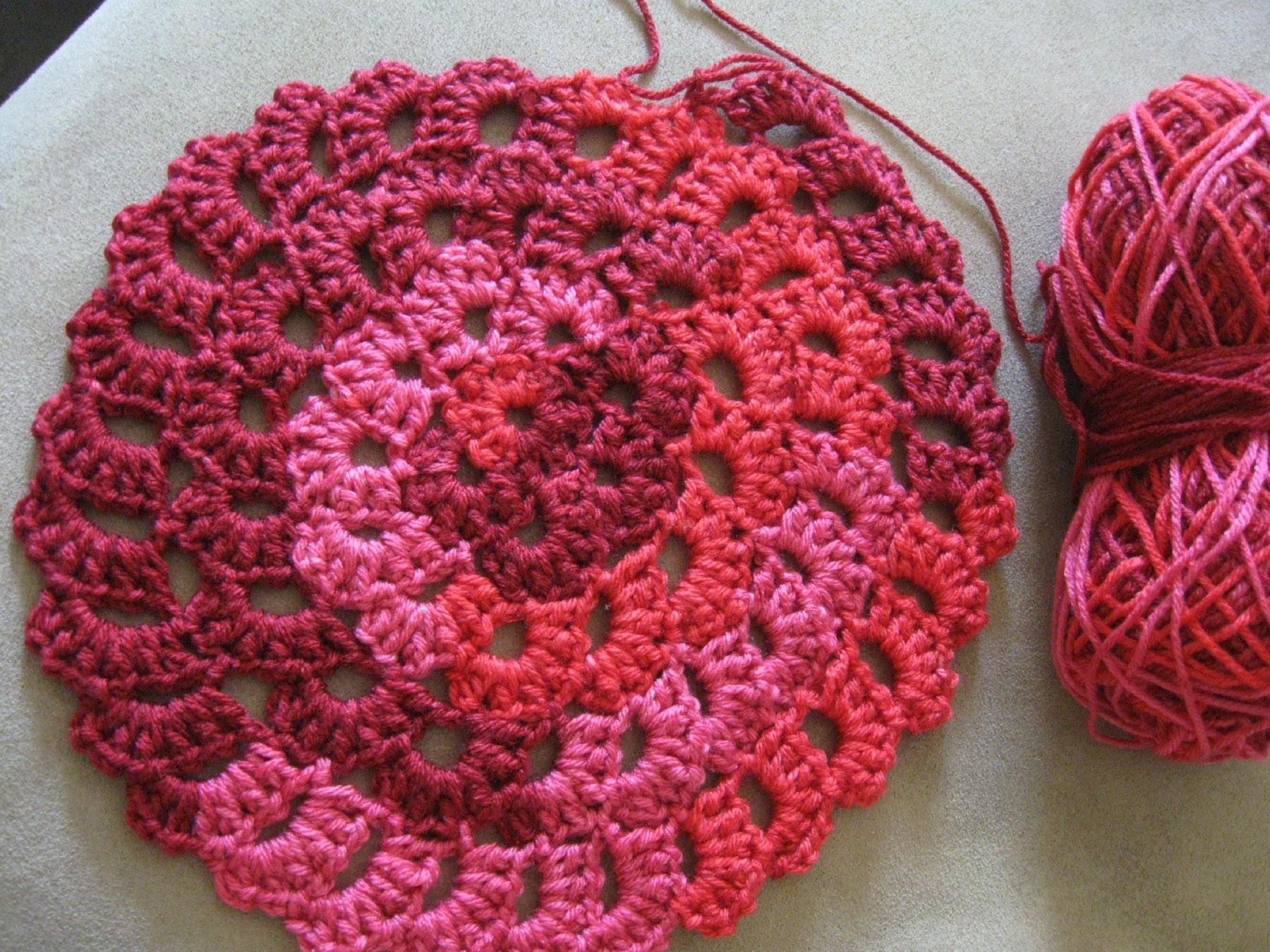 Flower Spiral Motif Pattern   Left Handed Verison - Crochet Tutorial