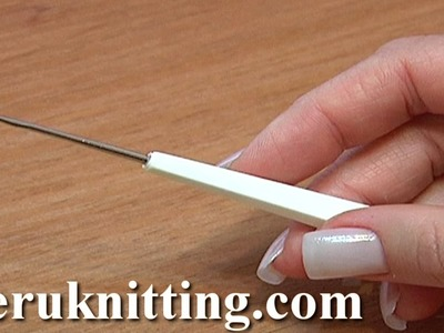 How To Grip Hold Crochet Hook Beginning Crochet Tutorial 1