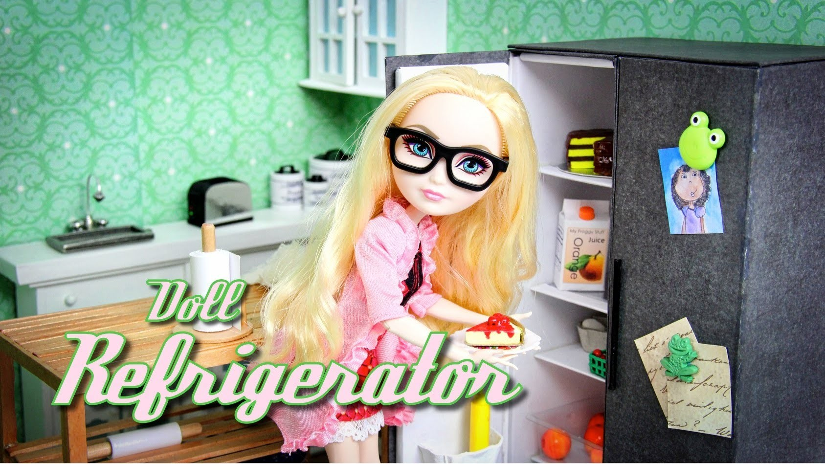 How to Make a Doll Refrigerator - Doll Crafts