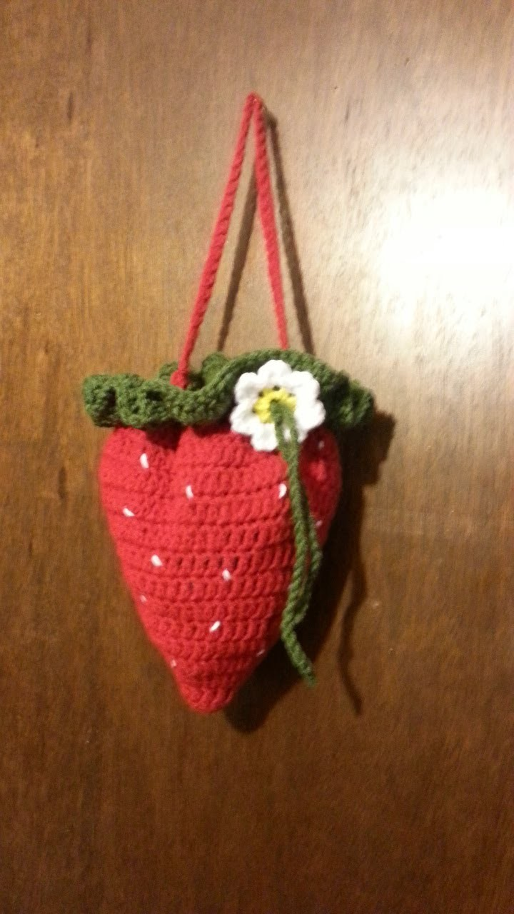 #Crochet Strawberry #handbag #purse #TUTORIAL