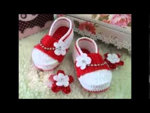 How to Knit Boot Style Red and White Baby Booties