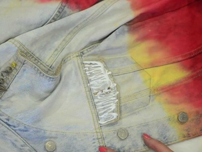 Dipdye and studs DIY jeans vest | SUNDAESINS