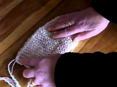 KnitwitzUK Basic Easy Knit Slipper Sock Shaping Video (1 of 3)