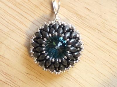 BeadsFriends: beaded earring tutorial - How to bezel a Rivoli using Superduo beads