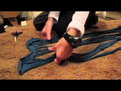 DIY Tutorial: Cutting a Tshirt (or tanktop) into infinity scarf