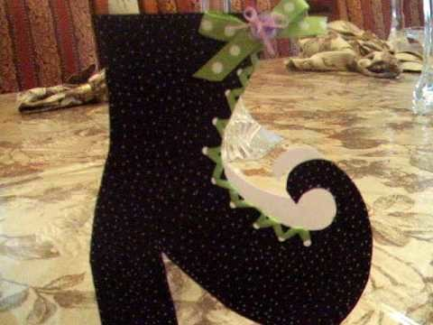 Halloween Card - Paper Crafts Witches Boot!