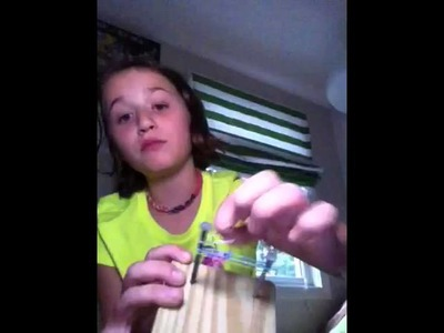 How to make a fishtail rainbow loom with a board and nails