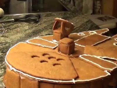 "Millennium Falcon Gingerbread ""House"" (Pepparkakshus)"