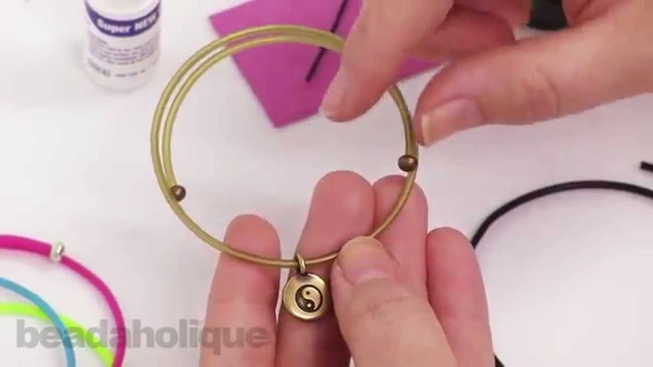 How to Use Rubber Cord and Memory Wire to Make a Charm Bangle