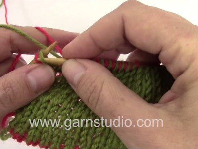 DROPS Knitting Tutorial: edge stitches in double knitting