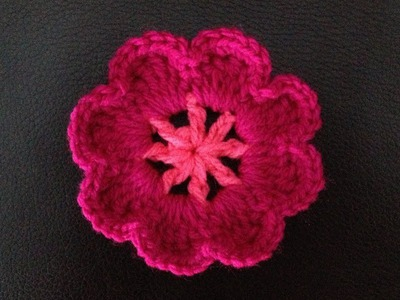 How to Crochet a Flower Motif P #1 by ThePatterfamily