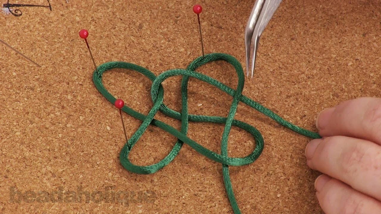 How to Make a Cross Knot