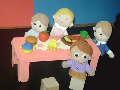 How to make a small wood table for your dolls - EP