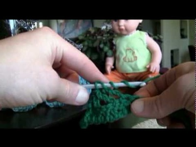Left Hand: How To Crochet Gweneth Cable Stitch