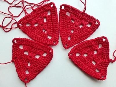 Advent Calendar * December 13, 2012 * Crochet Granny Triangle