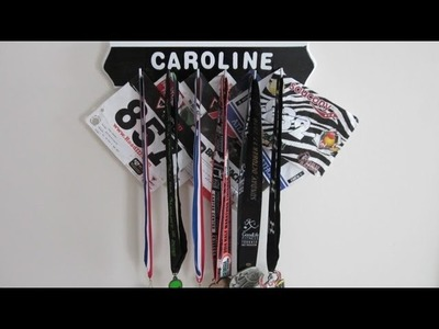 How to make a Personalized Medal Holder DIY