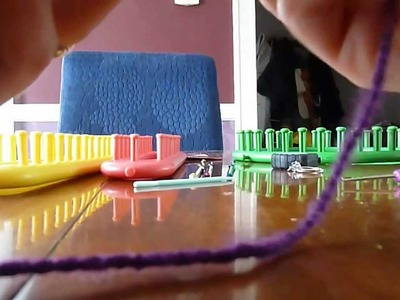 Intro to Loom Knitting - Basic e-wrap stitch