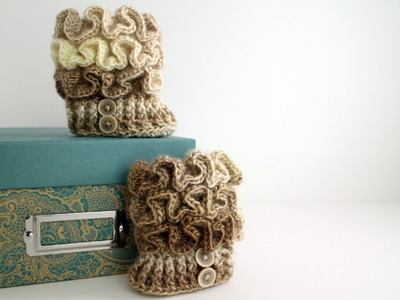 How to Crochet Ruffled Baby Booties Left Handed