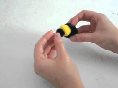 How to Make a Pom Pom Bee