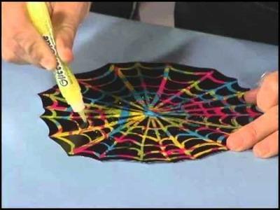Crayola Craft - Spin-a-Web Treat Bags