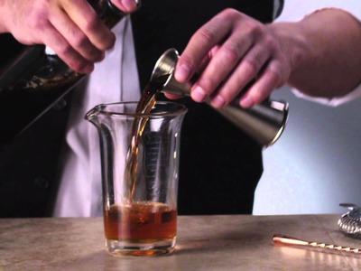 How to Craft a Manhattan