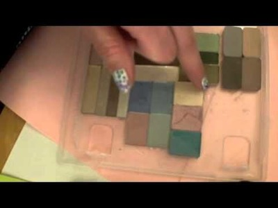 How to Make a DIY Eyeshadow Palette