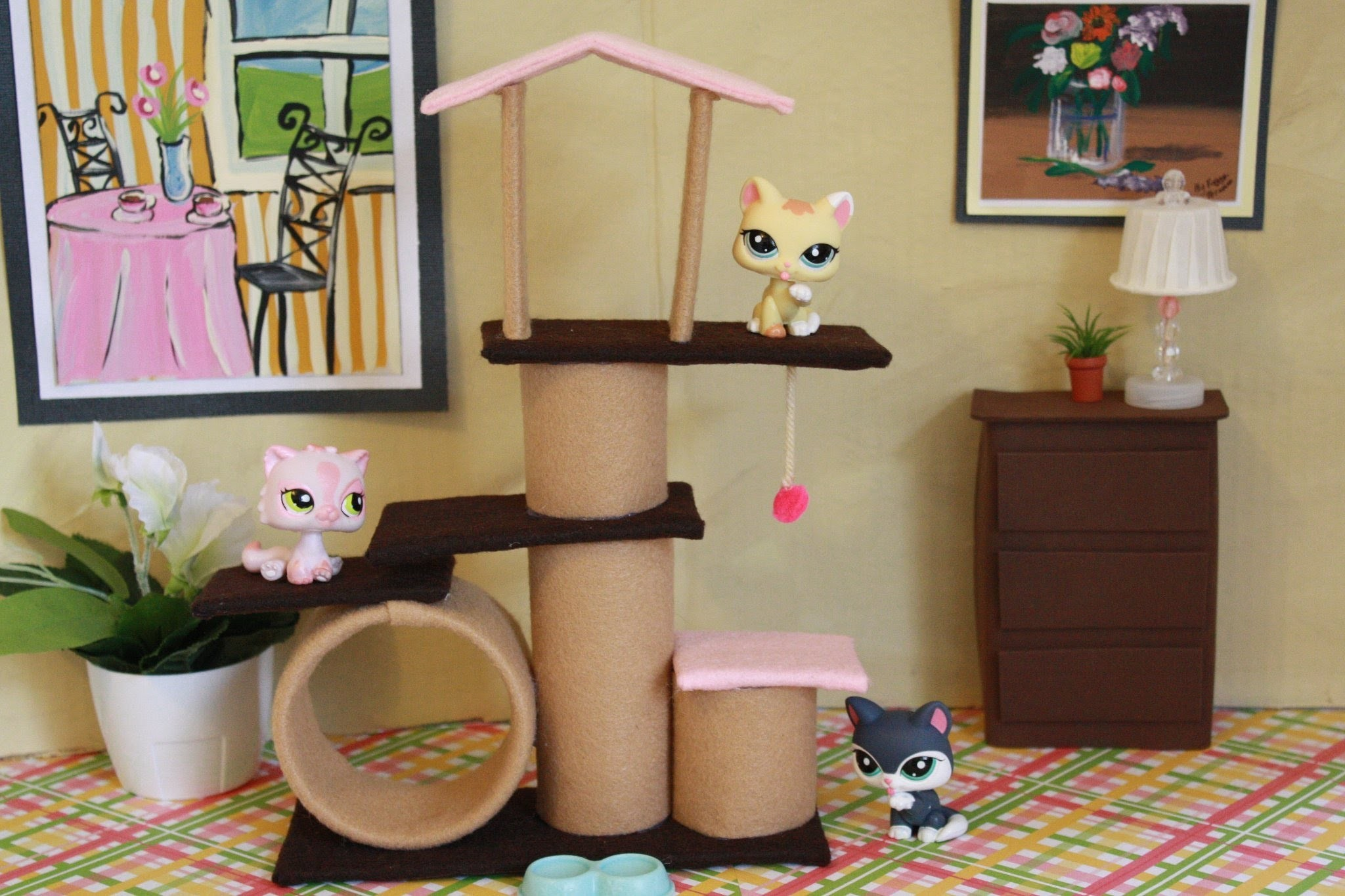 How to Make a Doll Cat Scratching Post Condo - Doll Crafts