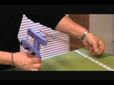 Making a bracelet with the Twist-It craft tool