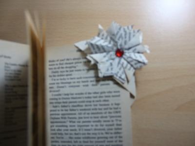 DIY : Easy Origami Corner Bookmark