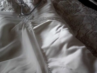 How to Clean Your Wedding Dress DIY