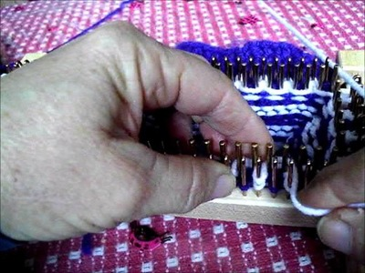 Knitting fairisle on a loom