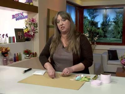 Silvia Nieruczkow - Caja forrada con flores al crochet