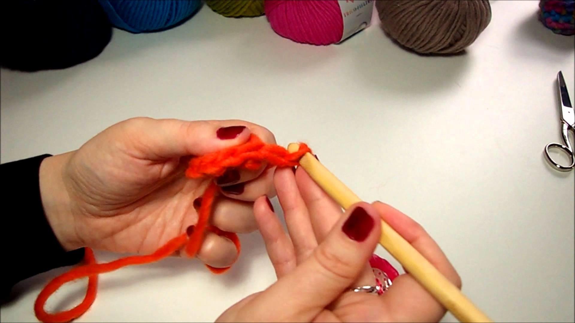 Crochet Flower petal pattern, step 2