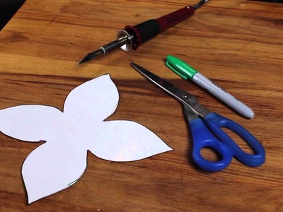 How to Make Wall Decals From Contact Paper : Creative Crafts