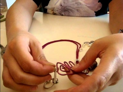 Tutorial collana Fantasy Craft con centrale a spirale e pendenti