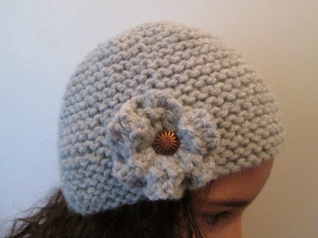 DIY TUTO APPRENDRE A TRICOTER UN BONNET CLOCHE A FLEUR STYLE CHARLESTON AU POINT DE MOUSSE FACILE !