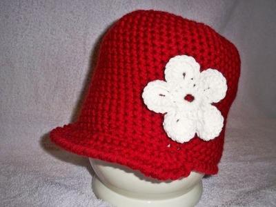 How to crochet a flower - Crochet tutorial for flowers by BerlinCrochet
