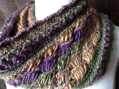 Loom Along Chic Retreat Cowl (Indian Cross stitches)