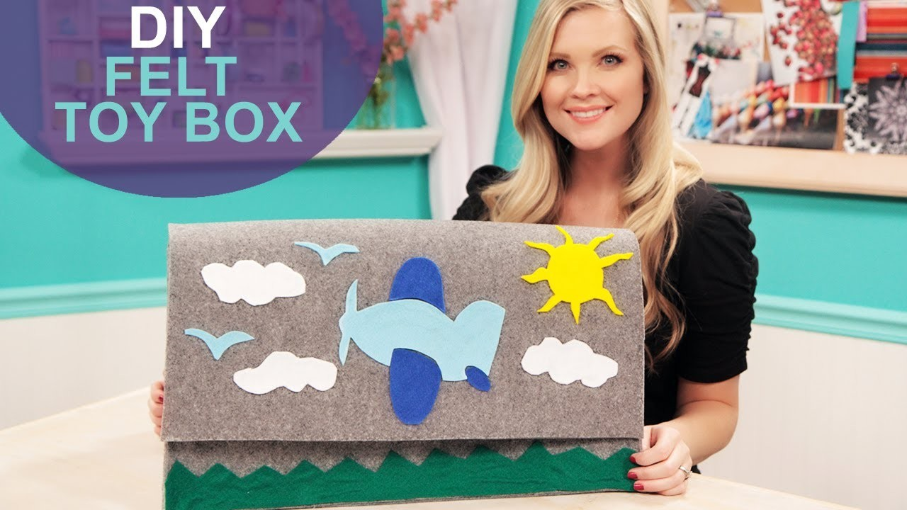 Baby Proof Felt Toy Box: The DIY Challenge on The Mom's View